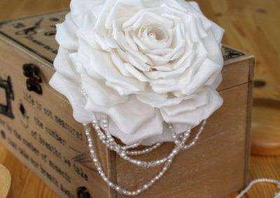 Silk Ivory Rose