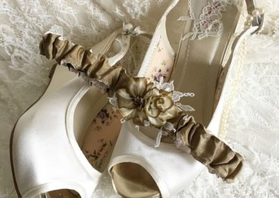 Taupe Contrast Garter